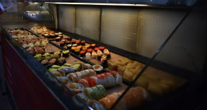 Photo from An Nguyen blog of a sushi stand near Longshan Temple, Taipei