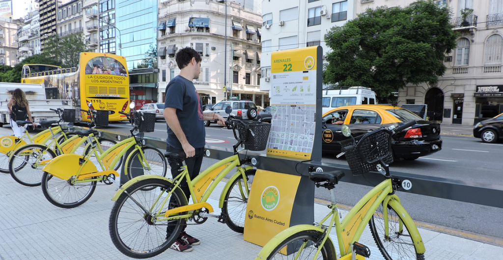 An image of the EcoBici bicycle share system in use. (Image Source: https://www.itdp.org/2015/03/03/buenos-aires-launches-automated-bike-share/ )