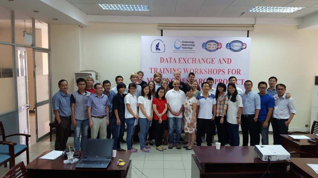 The Mekong modeling workshop group at Vietnam National University, Sept 16-20, 2015. Thanks to the dedicated instructors, students learned the fundamentals of Delft 3D and ICM, and had the opportunity to interact with example models of the Mekong.