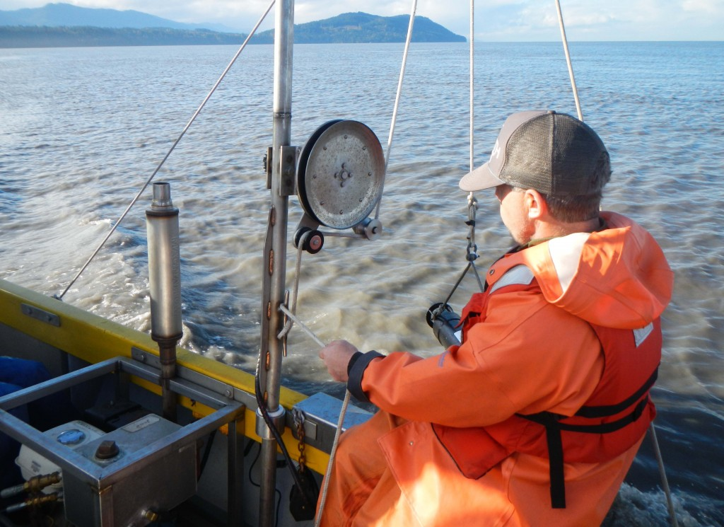 Ian Miller (WA Sea Grant) deploys a LISST in the Elwha surface plume